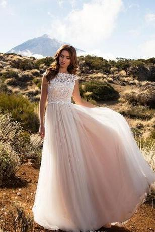Lace Tulle Wedding Dress,A-Line Sleeveless Wedding Dresses,Backless Bridal Gowns Country Garden Plus Size Bride Gowns