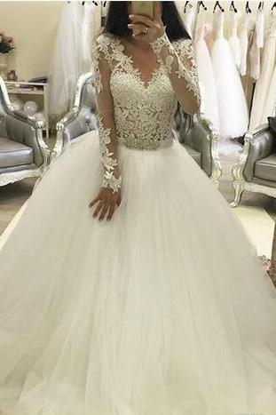 Lace Wedding Dresses with Long Sleeves A Line Beaded Applique Chapel Train Sheer Plus Size Bridal Gowns