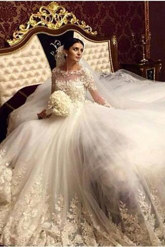Romantic Victorian Ball Gown Wedding Dress,Long Sleeves Wedding Dresses,Vintage Wedding Gowns,Lace Appliques Bridal Dress